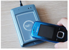 NFC Tag with self-adhesion
